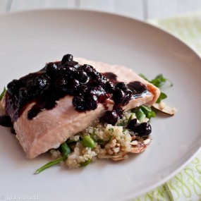 Oven Steamed Salmon With Balsamic Blueberries3