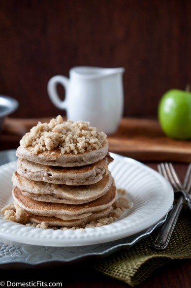 Apple StreuselPancakes
