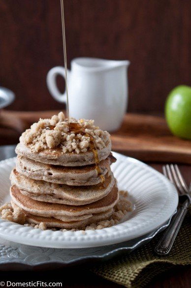 Apple StreuselPancakes2