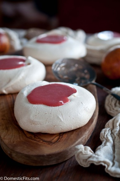 Miniature Pavlovas with Blood Orange Curd4